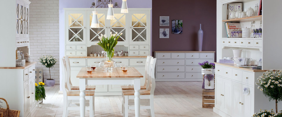 Bílý nábytek